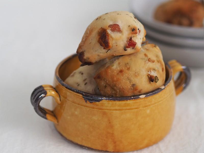 【オンライン】きっと特に女性が好きな味の総菜パン!「バチベー」の画像