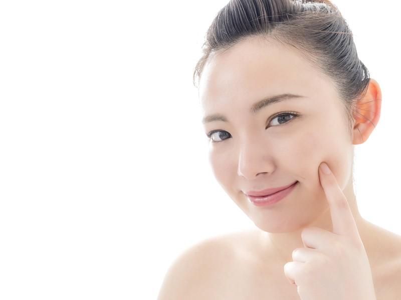 オンライン福岡開催『スッピン肌・美人眉・魅惑のアイメイク講座』の画像