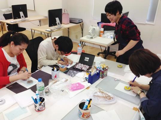 コスチューム屋さんの工作教室の画像