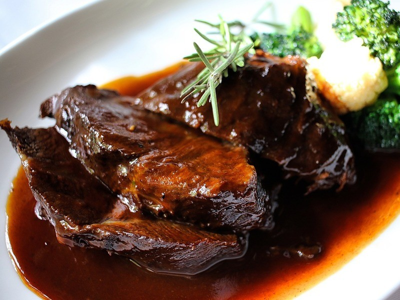 <初心者>お肉の焼き方❌牛ほほ肉の赤ワイン煮込みをマスターの画像
