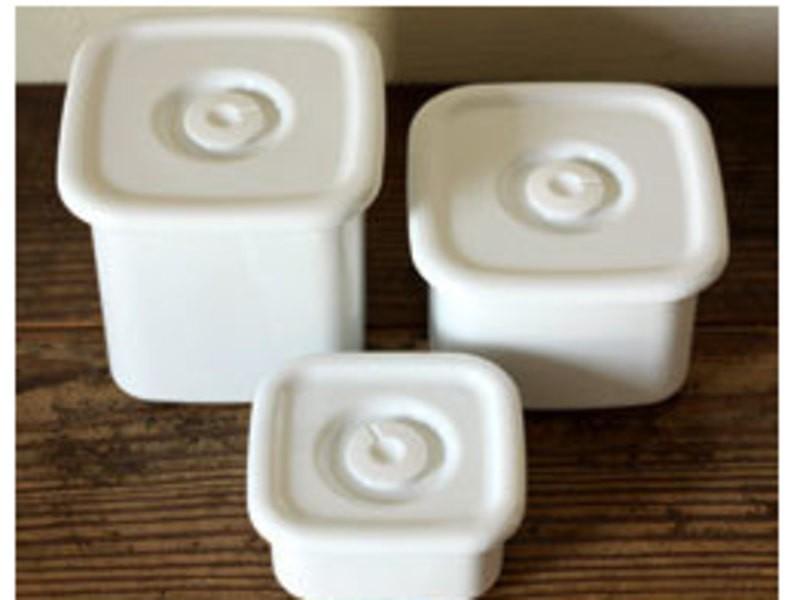 余計な添加物なし:「野田琺瑯の容器で作り置きレシピ」鳥ハムアレンジの画像