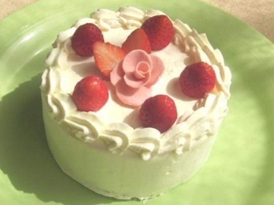 失敗なし!基礎から学ぶデコレーションケーキの画像