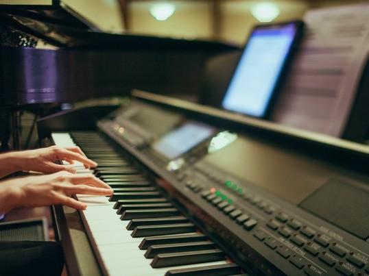 60分の本格ボーカルトレーニング!【洋楽聞き取りコース】の画像