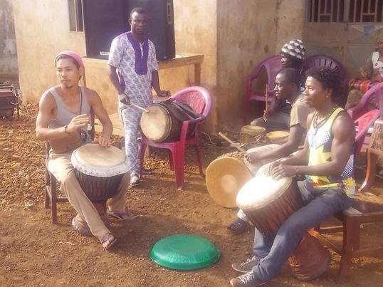 アフリカの太鼓•ジャンベ 伝統ワークショップの画像