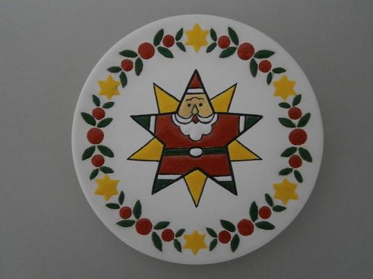 スペイン陶芸絵付けでつくるサンタのクリスマスリース絵皿の画像