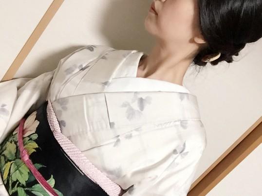 半衿を沢山見せて着たい!着姿改善講座(半衿編)の画像