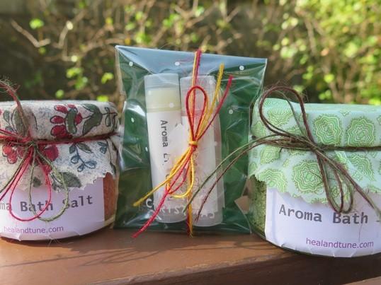 <森のアロマクラフト>ゆず香るリップクリーム&クリスマスバスソルトの画像