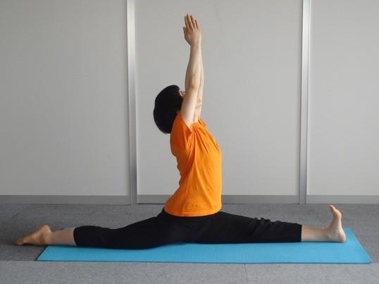 身体の硬い人のための「個人スタイルマンツーマン体幹アジャストヨガ」の画像