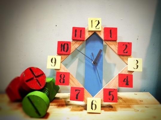 【親子DIY教室】ウッドピースでつくるオリジナルクロックの画像