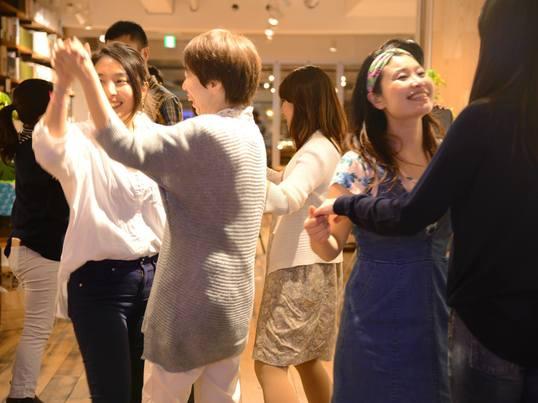 カフェで踊ろう!vol.6 サンバのリズムを優しく手拍子から解説!の画像