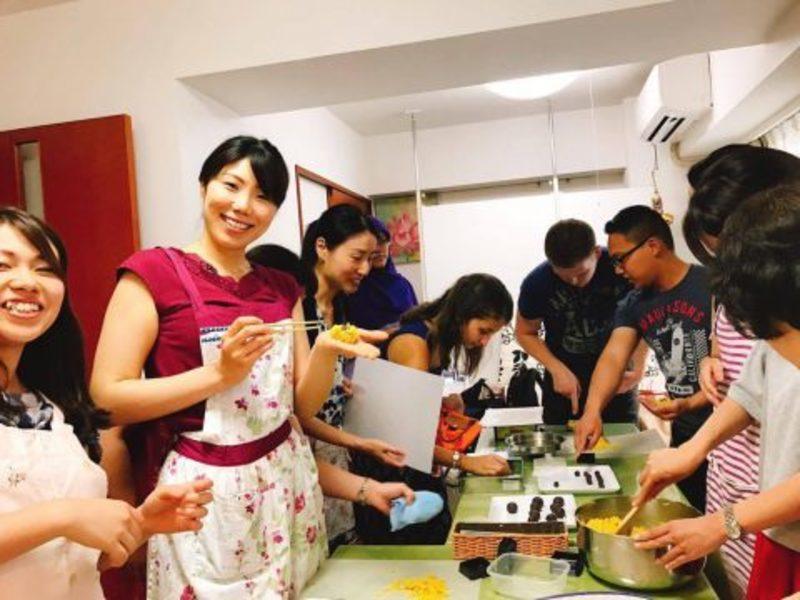 【日本の和の美を伝えよう】手作り和菓子の画像