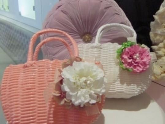 【博多マルイ開催】カゴバックを選びbagに付けるコサージュを作ろうの画像