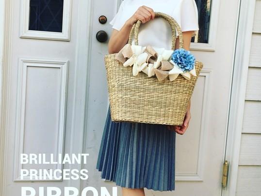 リネン素材のおりぼんでかわいいカゴバッグをの画像