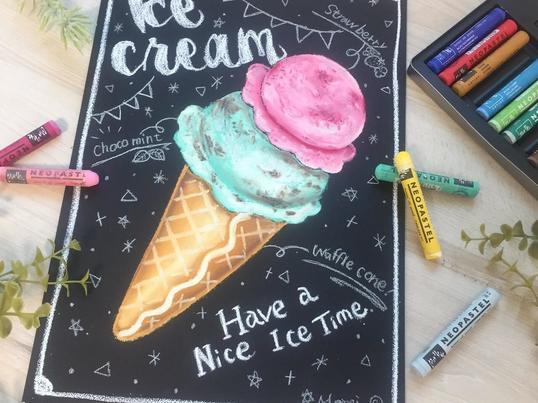 アイスクリームを描こう!チョークアート体験in町田の画像
