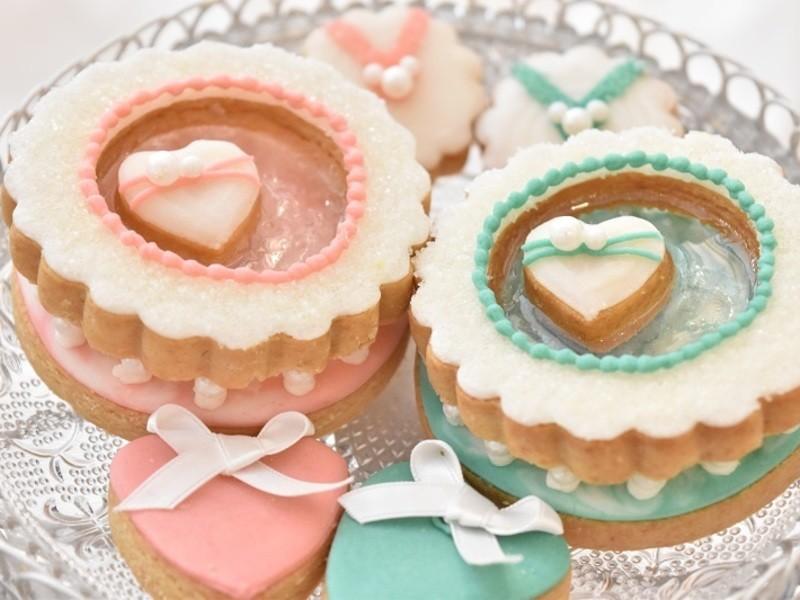 SNS映えする大人っぽいアイシングクッキーを作りましょう!の画像