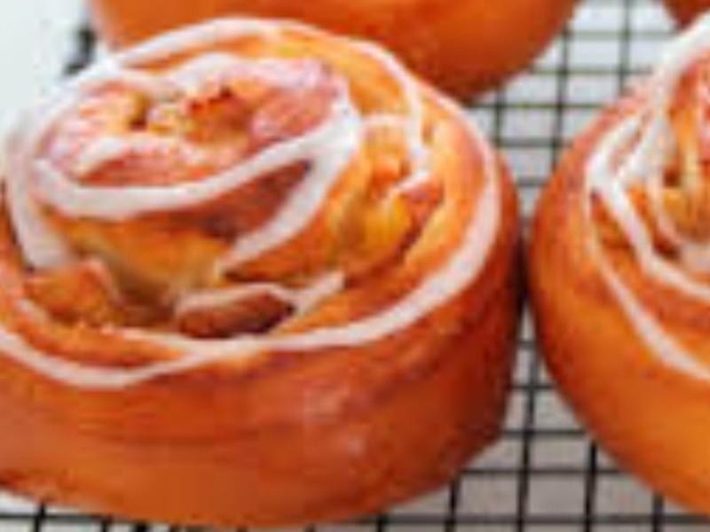 天然酵母パン教室 アップルシナモンロールの画像