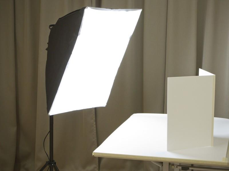 ライトを使った商品撮影の始め方 の画像