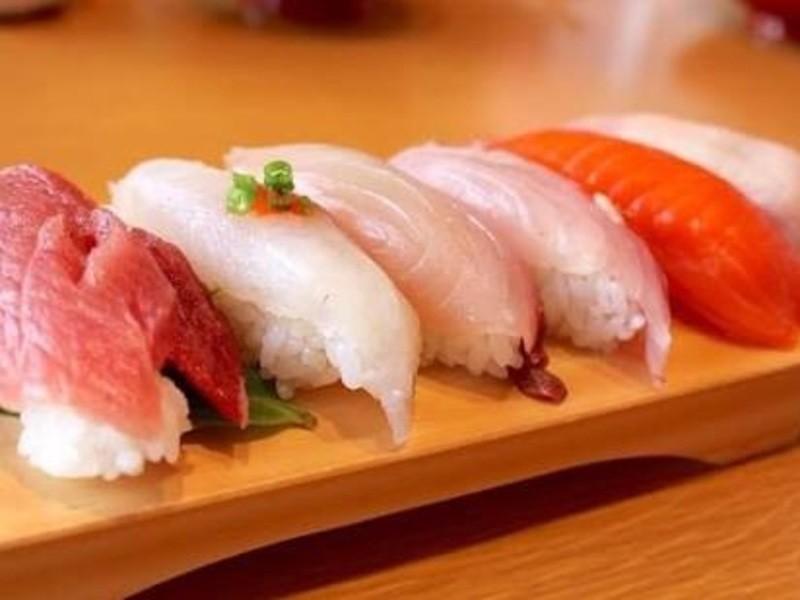 大人気!お寿司を握ろう!!の画像