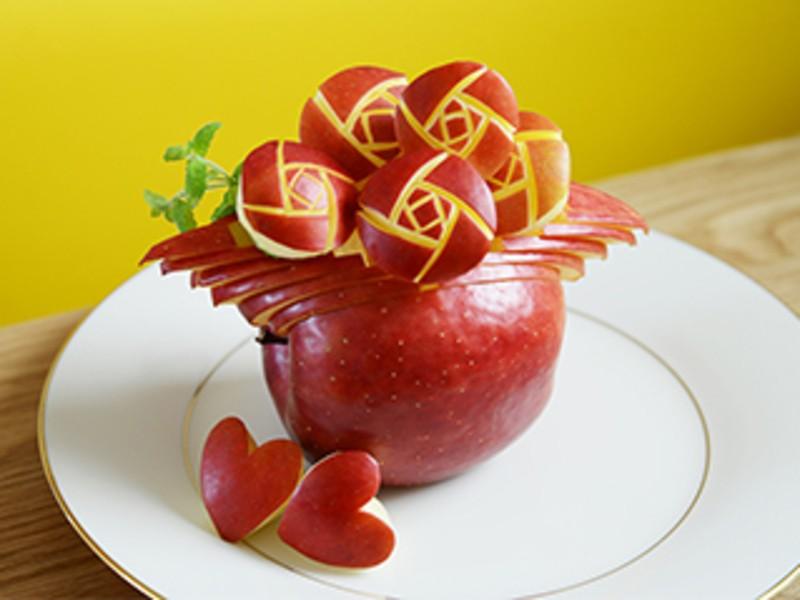 大人かわいい「りんご彫刻」(フルーツカービング)レッスン♪の画像