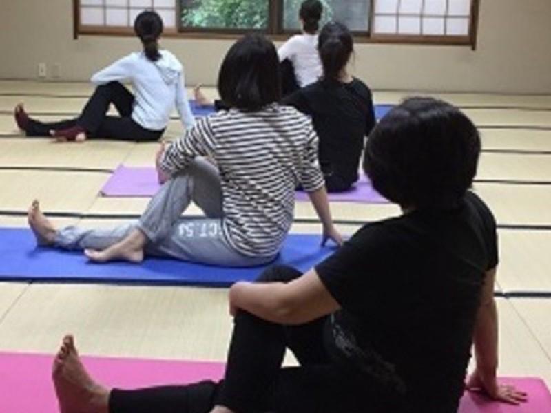 ストレスや悩みが無くなる!?変化が実感できるキネシオロジー瞑想ヨガの画像