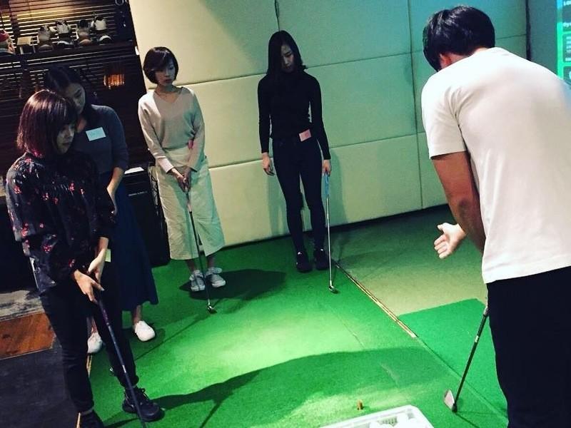 初心者でも開始20分でナイスショット ゴルフの教習所の画像