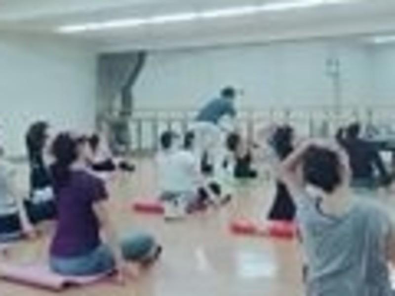 【初回体験用】~踊るストレッチ~バー・アスティエ(フロアバレエ)の画像