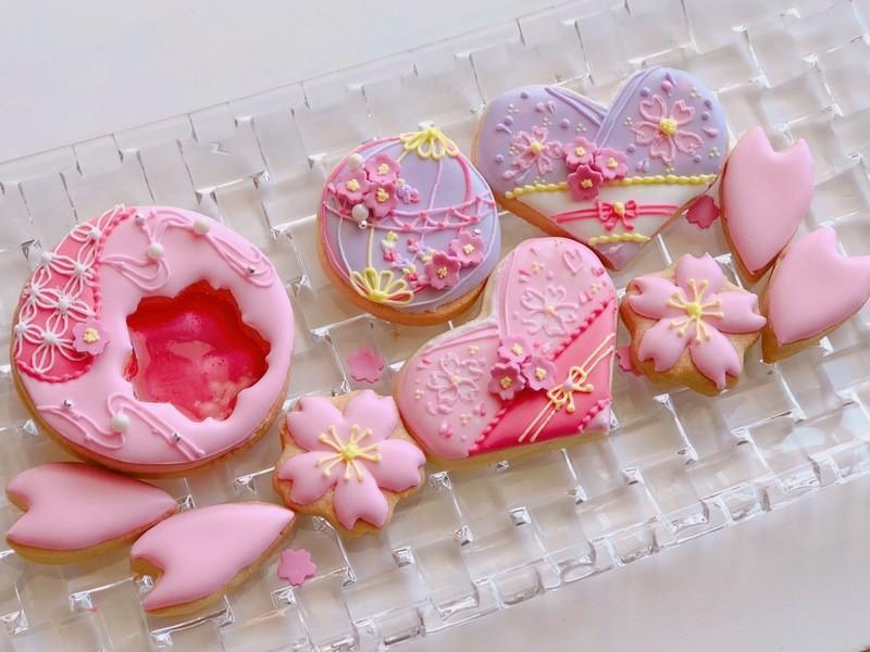 桜ピンクで春満開♪アイシングクッキーの画像