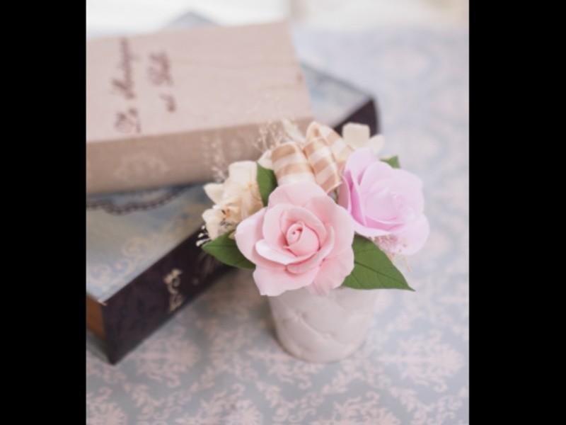 マシュマロ粘土で本物みたいなバラを作ろう!の画像