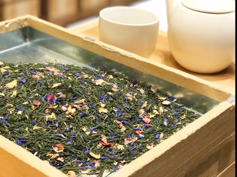 おちゃらか:ステファンと作る、 香りを楽しむオリジナルブレンド茶の画像