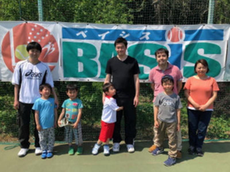 親子テニス教室の画像