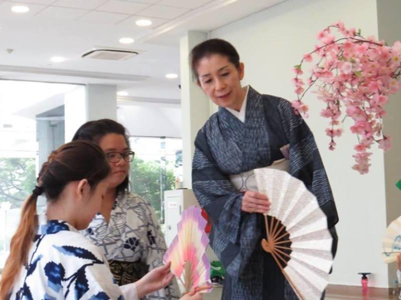 一日ワークショップ🌸海外で役立つ日本文化を学ぶ🌸初めて習う日本舞踊の画像