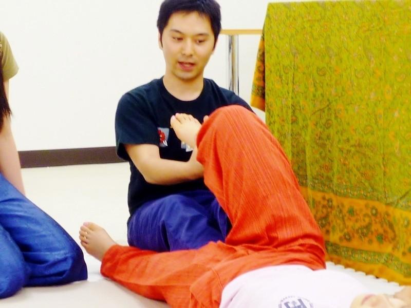「タイ古式マッサージって学ぶのも楽しい」って本当?実際の授業で体験の画像