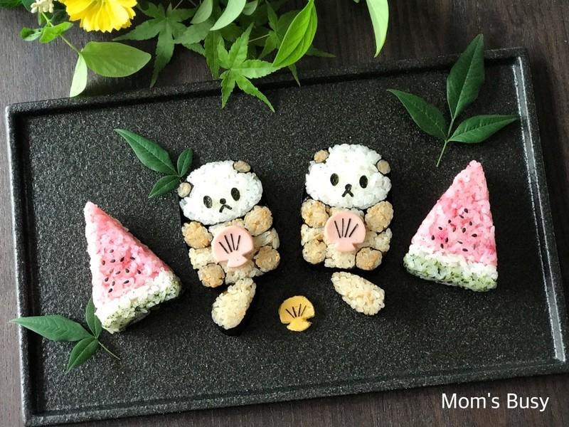 今月の飾りSUSHI 7月 ☆「ラッコ」と「すいか」の画像