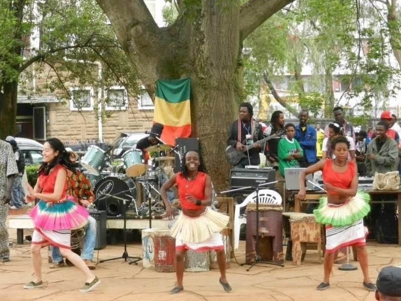 アフリカ・ケニアダンスと太鼓の会の画像