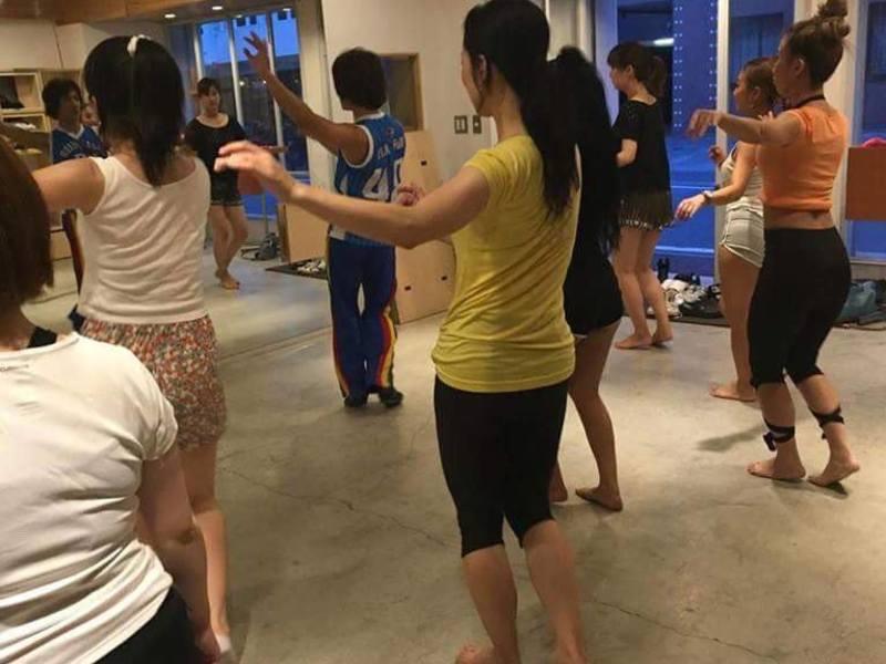 楽しくサンバを踊って自分の枠をぶち壊し、新たな可能性が広がります!の画像