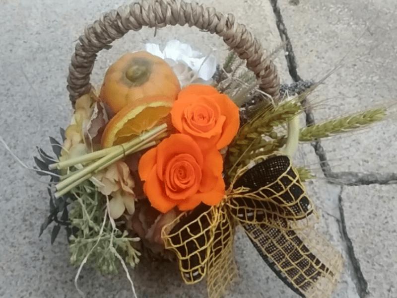 プリザーブドフラワー&ドライフラワーで作る『ハロウィンバスケット』の画像
