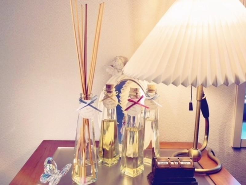香りのインテリアで運氣もUP♪天然の香りで創るアロマディフューザーの画像