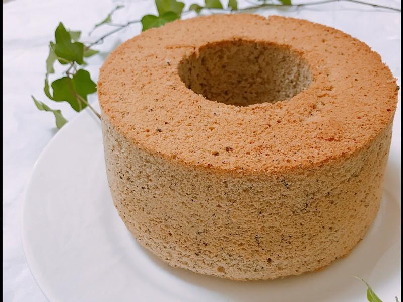 ふんわり絹のような口どけ「紅茶のシフォンケーキ」を作ろう!の画像