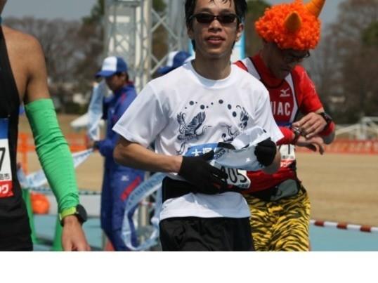 楽なフォームでランニングをしよう!大阪城の画像