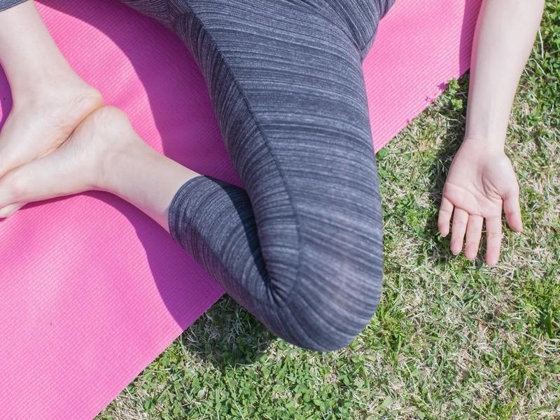 【オンライン】セルフフットマッサージ+深い眠りへ導くリラックスヨガの画像