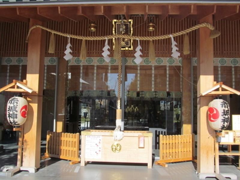 赤城神社と東京大神宮で縁結び祈願の画像
