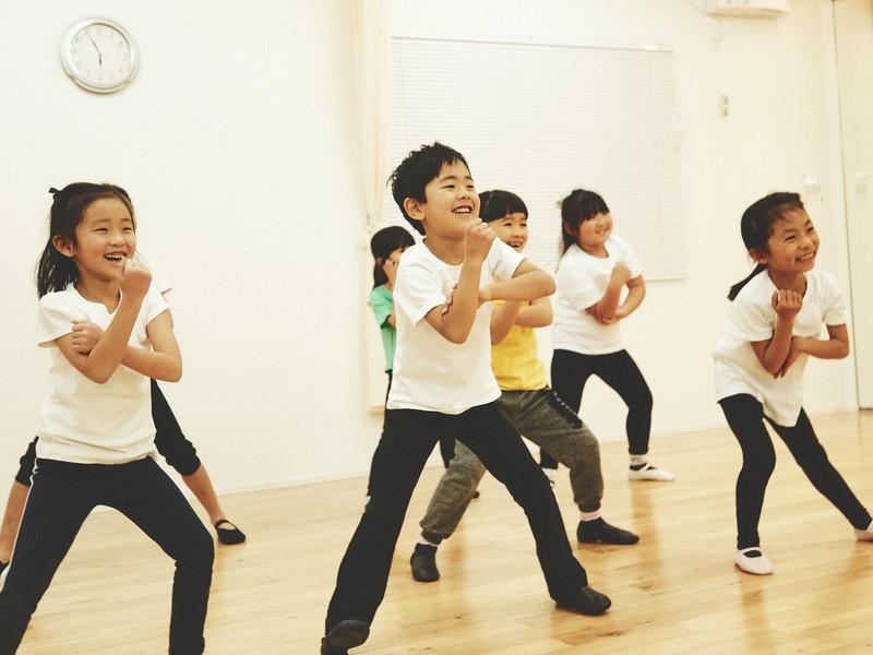 踊ってみよう!キッズダンス:小学生クラスの画像