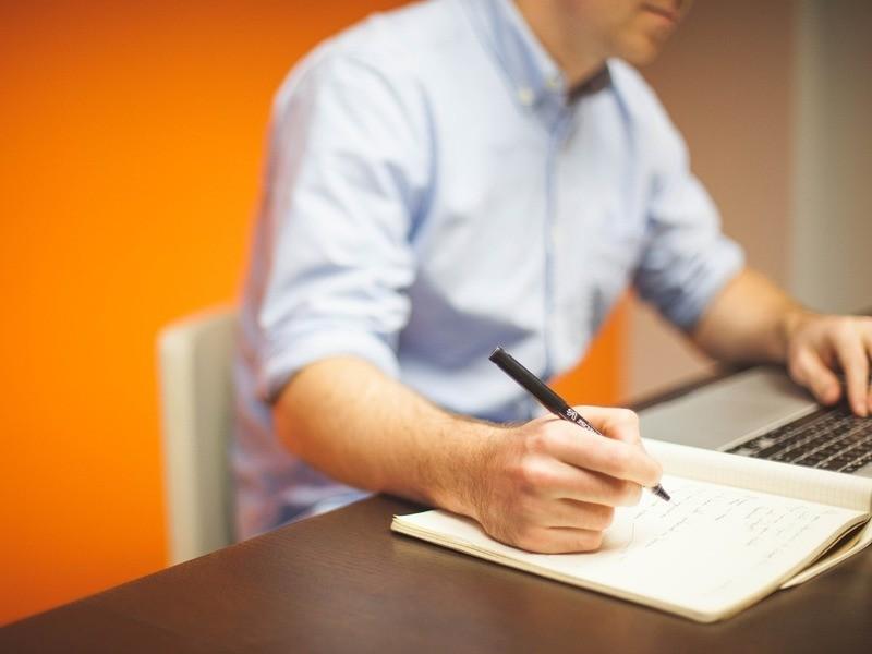 分かりやすいビジネスメールが書けるようになる!ロジカルライティングの画像