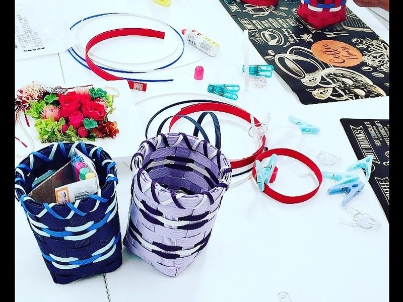 あみ結び協会インストラクターが教える紙バンド手芸・輪編み体験講座の画像