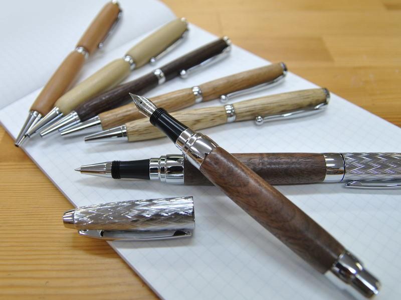 木のボールペン・万年筆を作る(木工旋盤体験)の画像