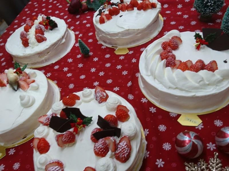 極上クリームでスペシャルオリジナルクリスマスケーキを作りましょうの画像