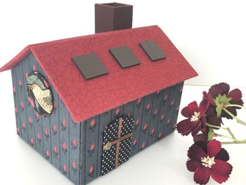 カルトナージュの小さい家の画像