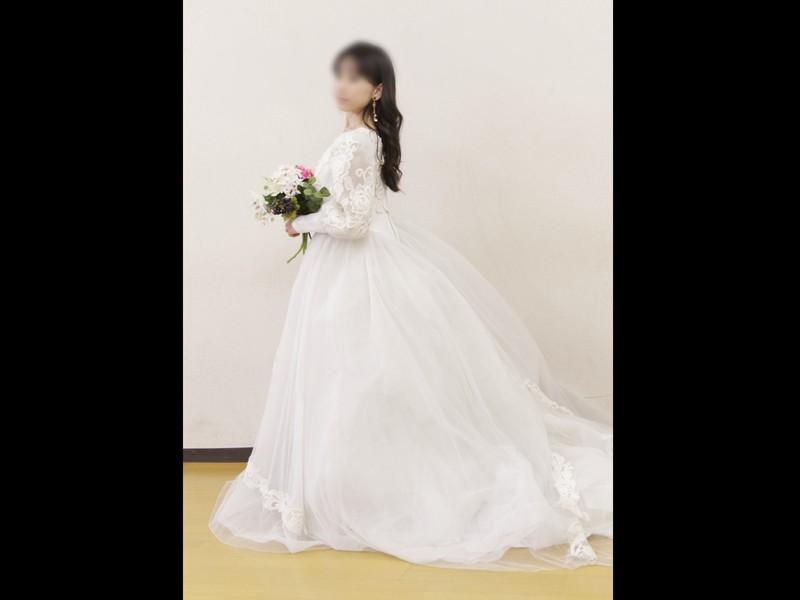 モデル流!豪華なドレスを美しく着こなす♡格上げ60分レッスンの画像