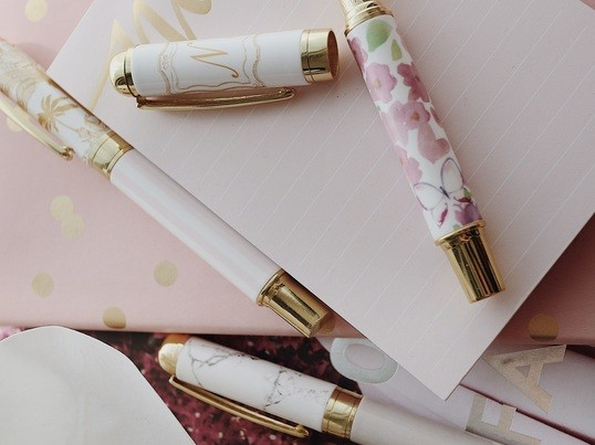 渋谷・恵比寿の「大人可愛い☆ボールペンとアクセサリーレッスン