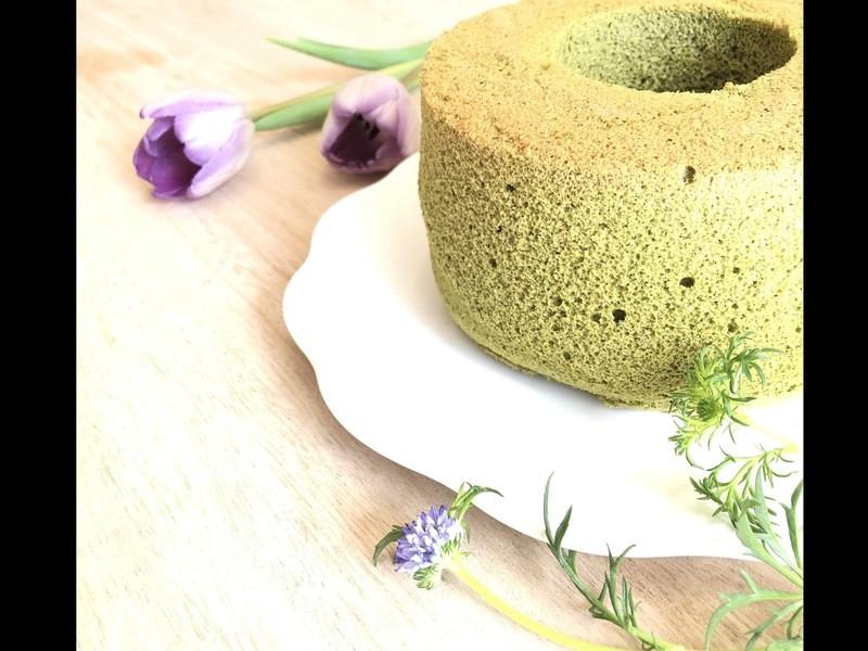 春爛漫❁抹茶のシフォンケーキと桜のブールドネージュの画像